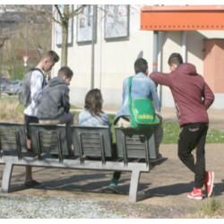 Les jeunes dans l'espace public : désordre ou recomposition ?