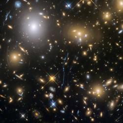 La recherche d'empreintes de la physique de l'univers primordial