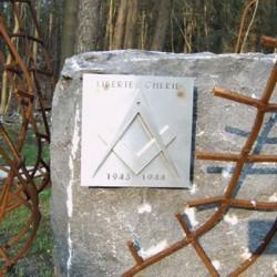 « Liberté chérie » : une loge maçonnique dans un camp de concentration